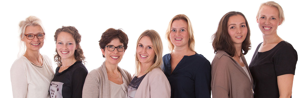 Team van de praktijk hoorn, Conny van Meer, Kim Nieuweboer, Inge Vogelaar, Kim Schoenmaker, Romy Muis, Jacqueline Struijk, Tamara de Boer.